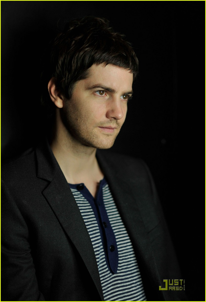 jim sturgess portraits 132504762