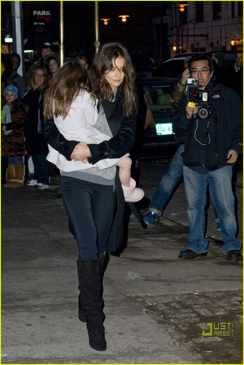 katie holmes tom cruise suri night out 16