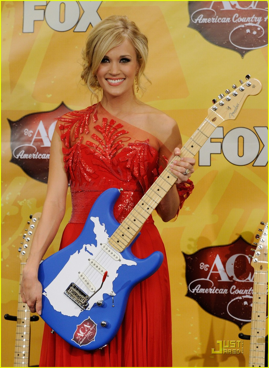 carrie underwood aca 112501610