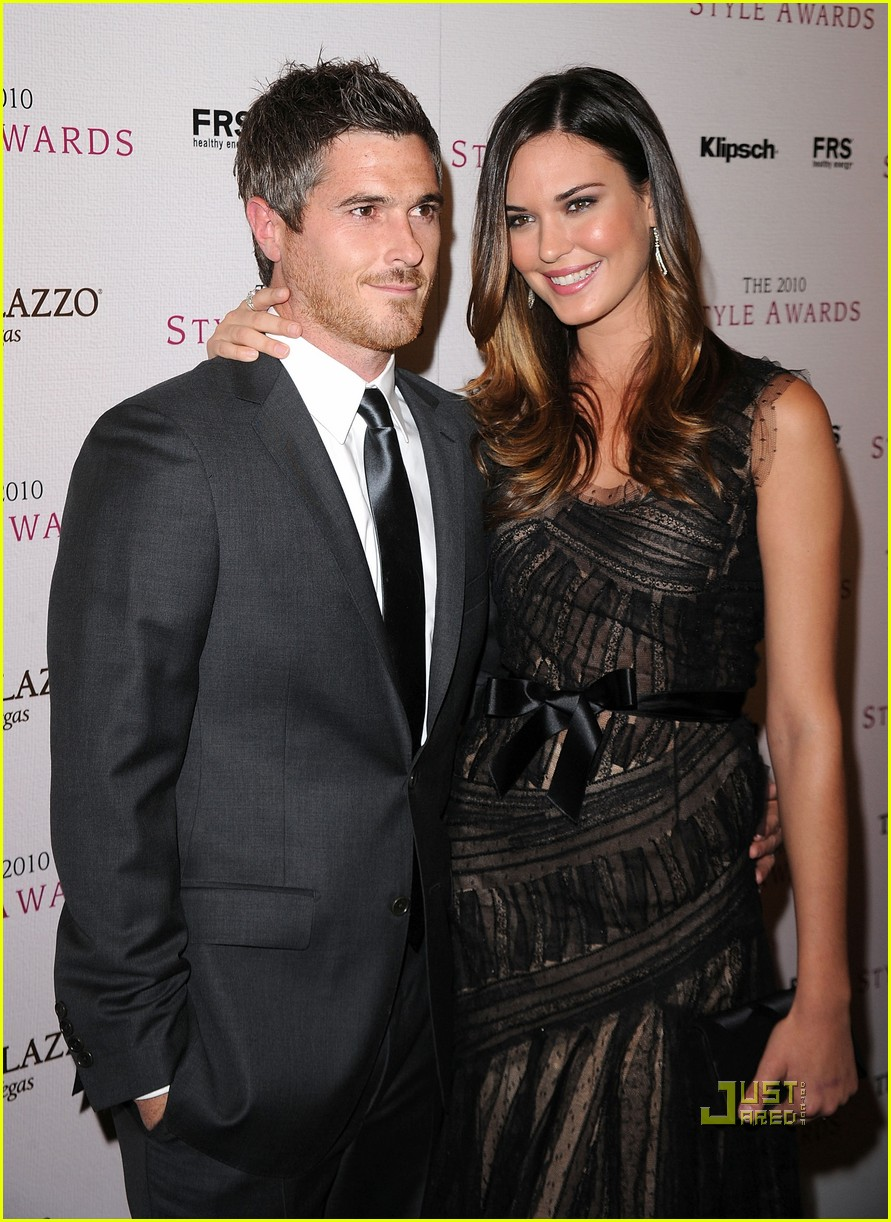 dave annable odette yustman style awards 112503272