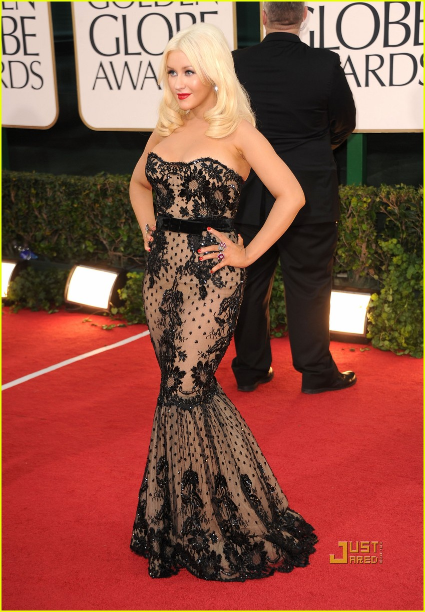christina aguilera 2011 golden globes 10