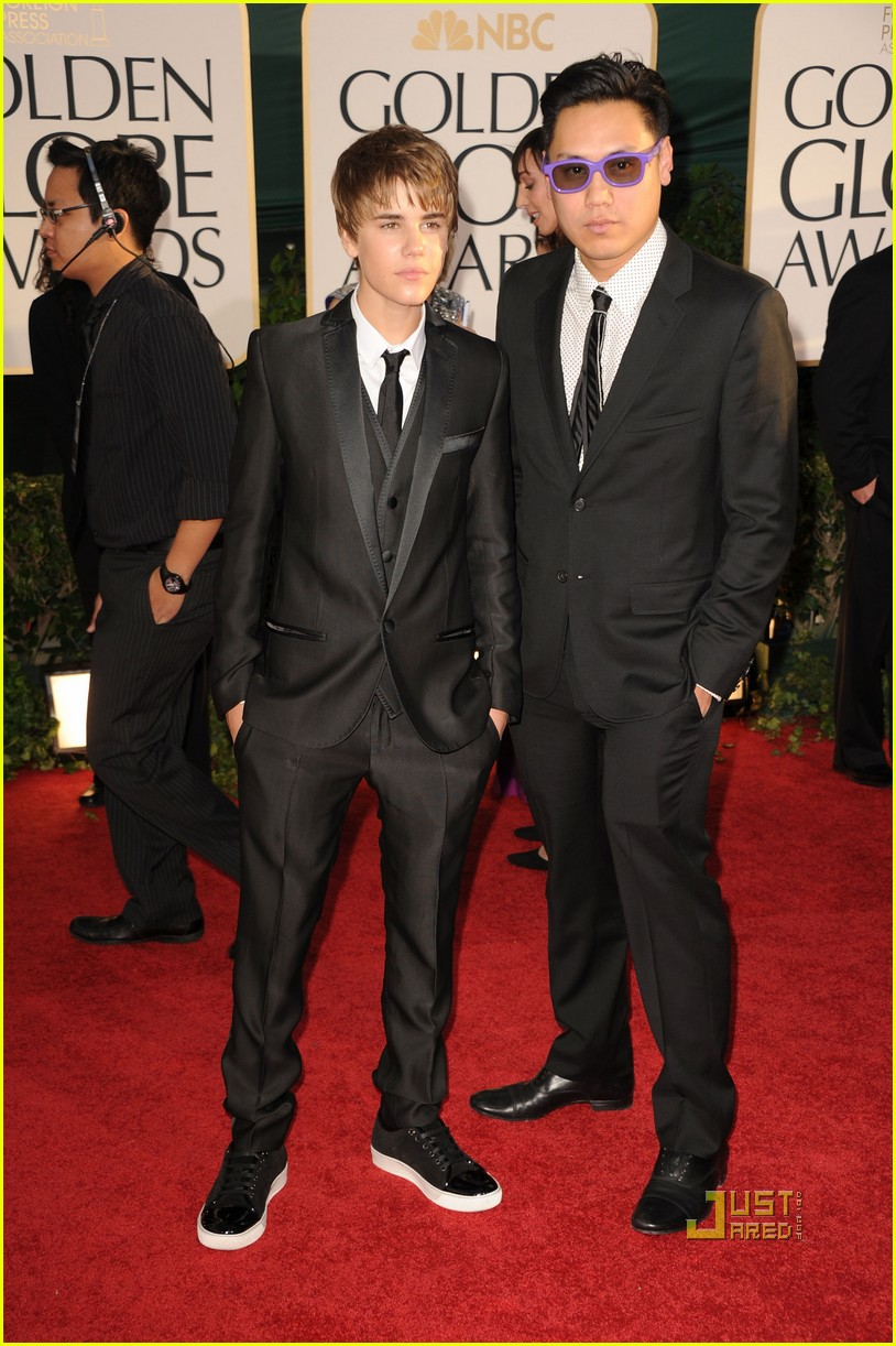 justin bieber golden globes 2011 red carpet 10