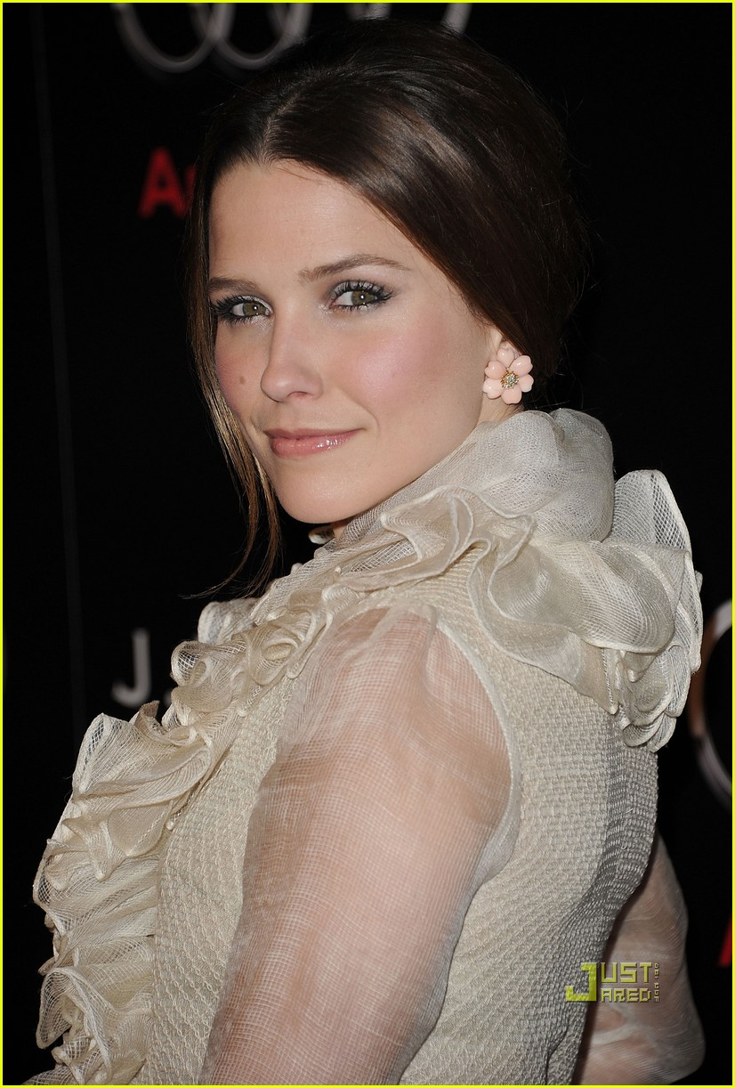 sophia bush audi jmendel party 03