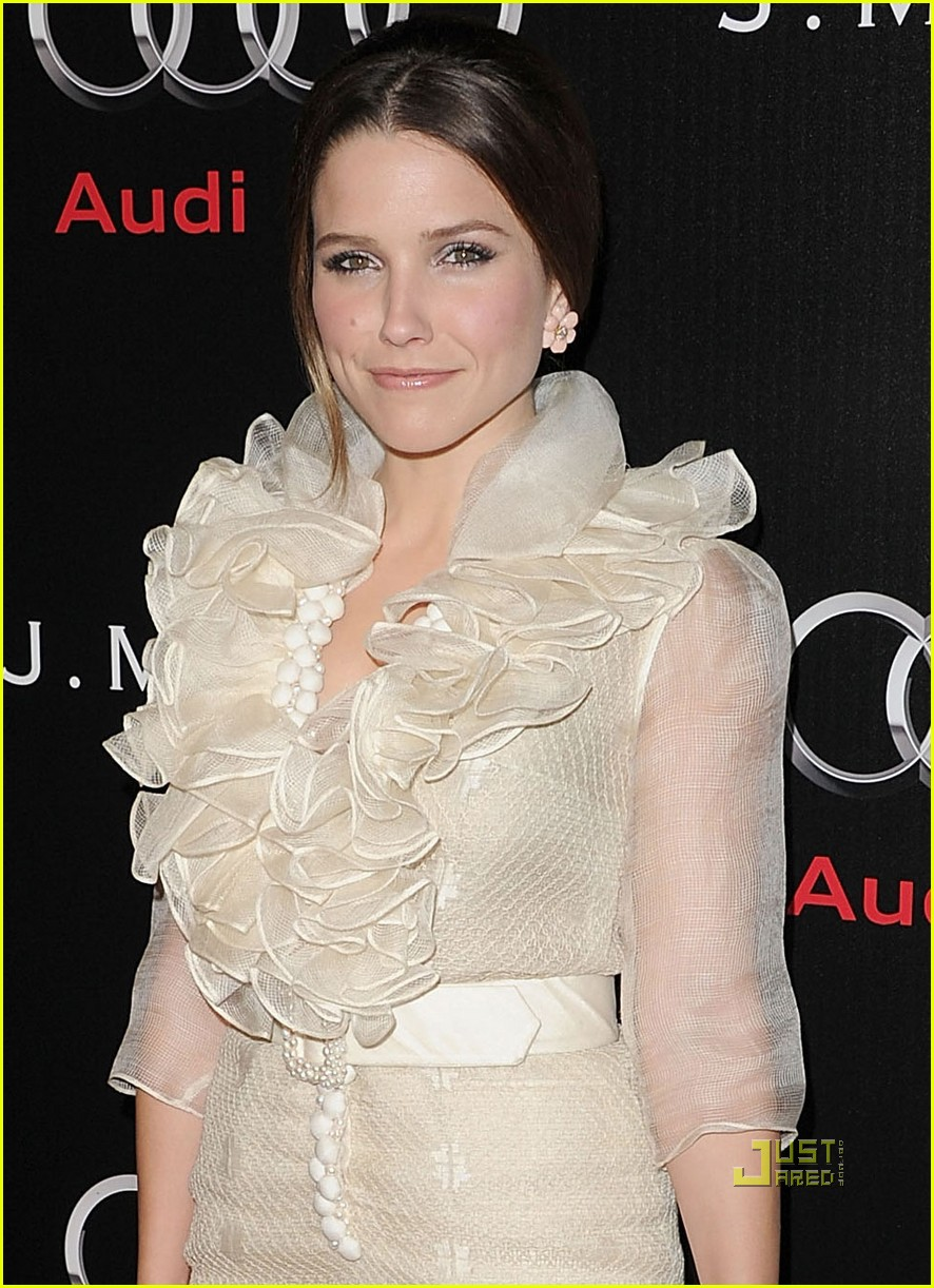sophia bush audi jmendel party 05