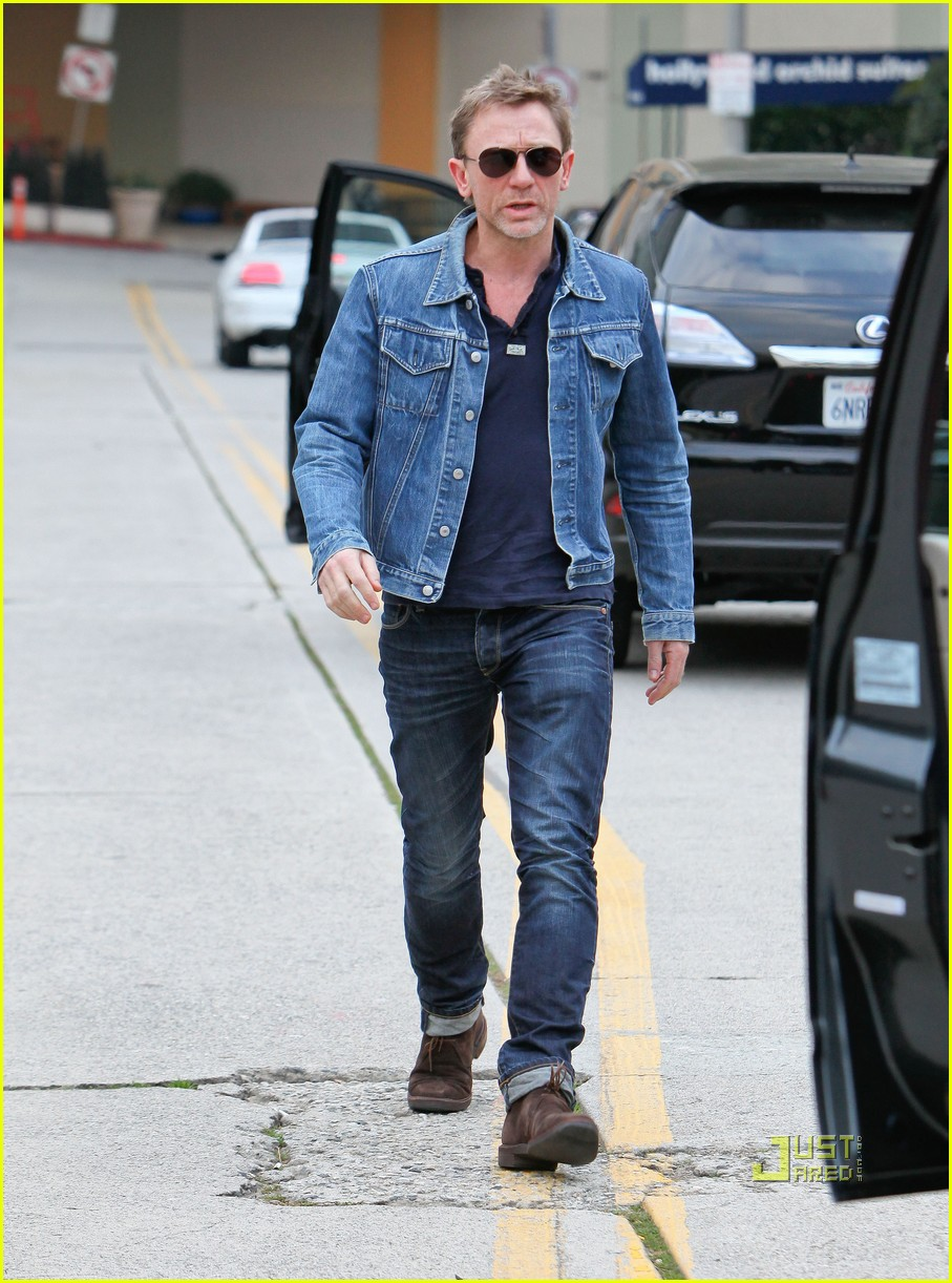 daniel craig denim jacket 08