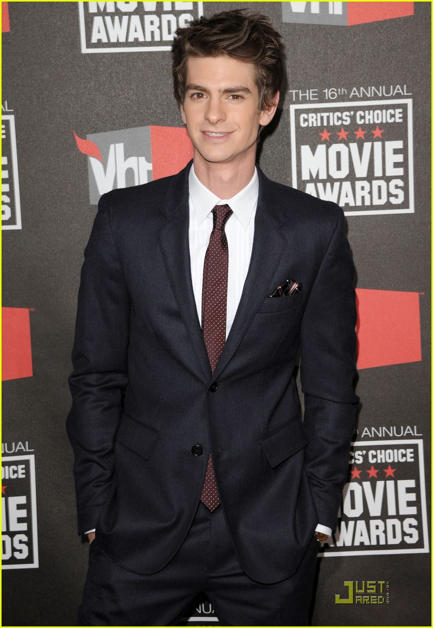 andrew garfield jesse eisenberg critics choice 04