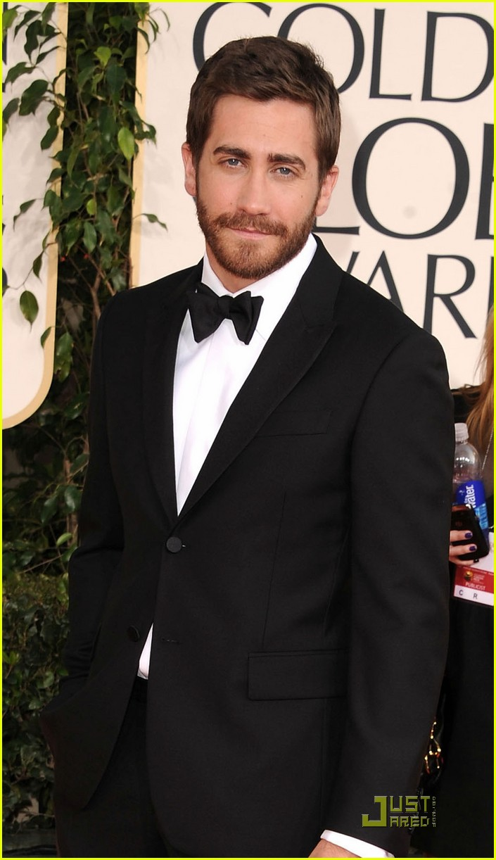 jake gyllenhaal golden globes 02