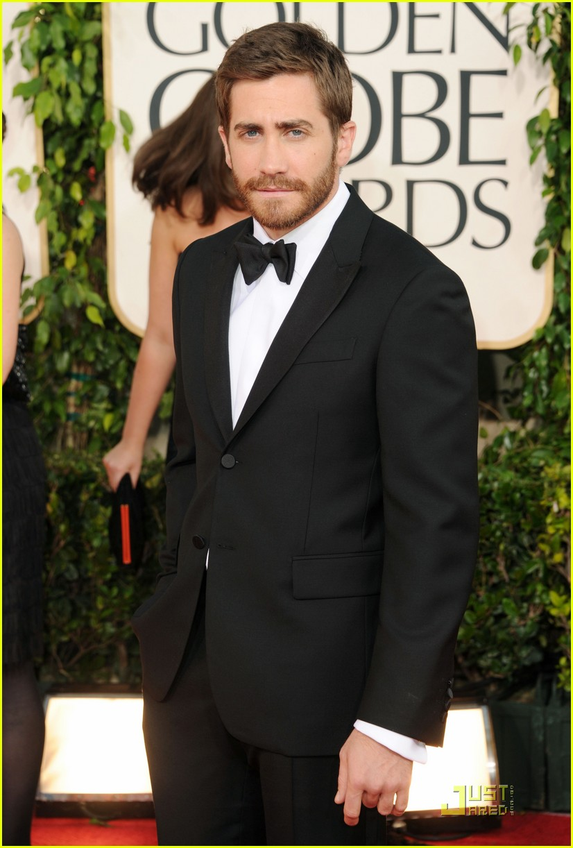 jake gyllenhaal golden globes 03