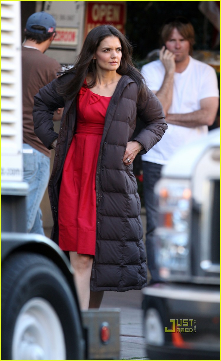 katie holmes red dress jack jill 01