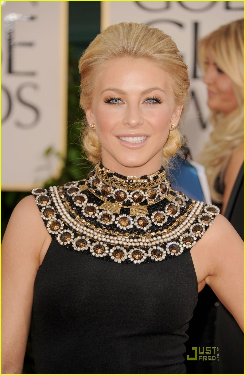 julianne hough golden globes 14