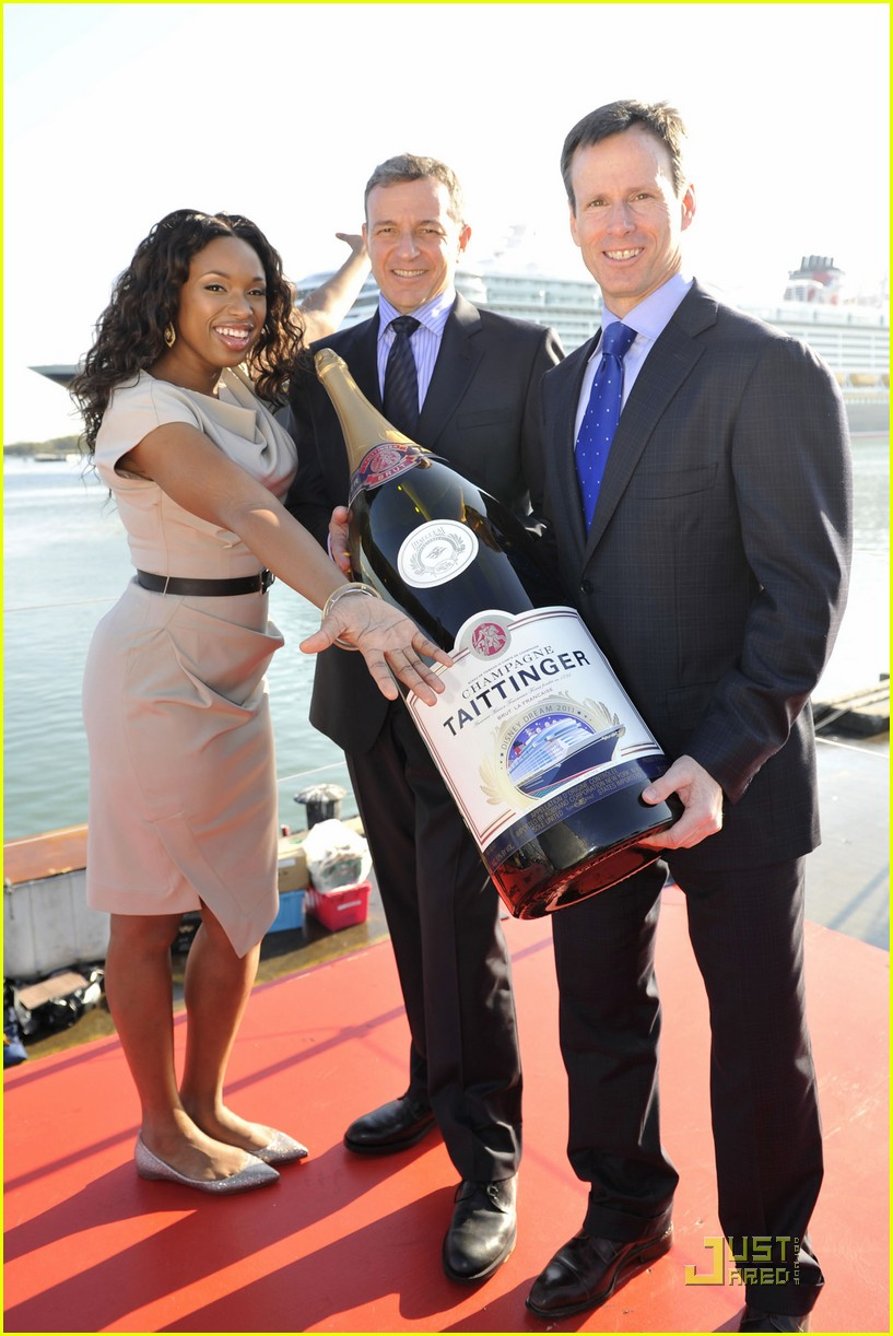 jennifer hudson disney dream christening 01