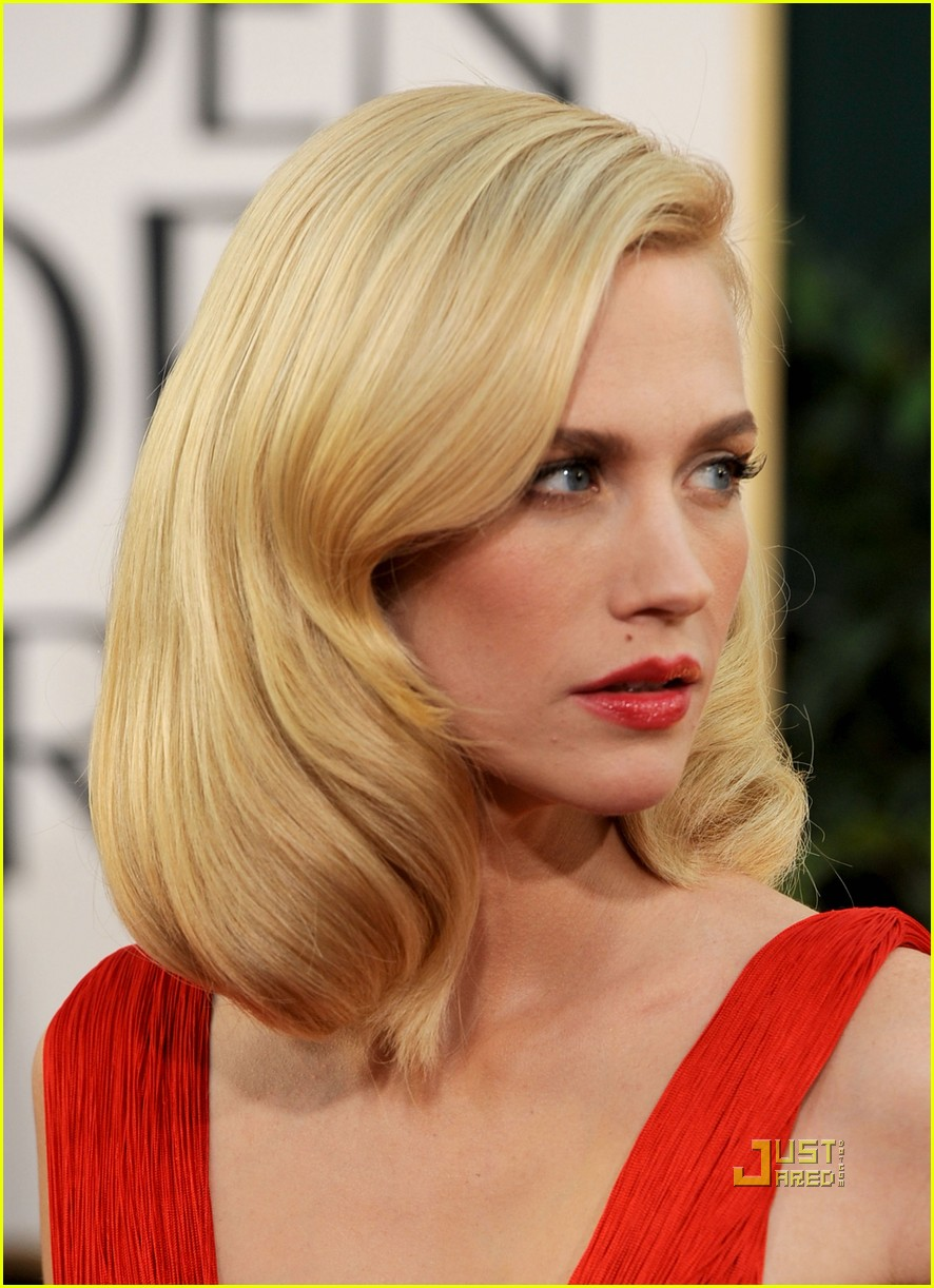 january jones 2011 golden globes 07