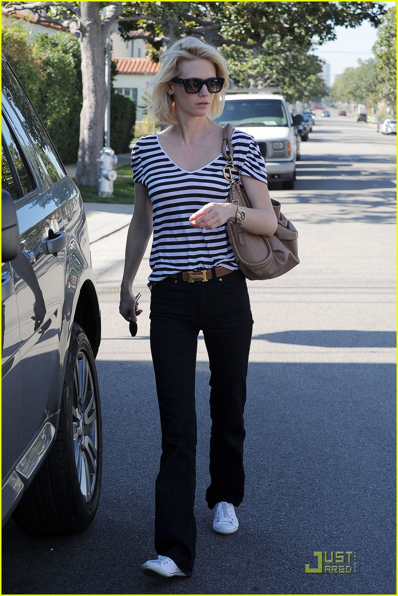 january jones shopping 06