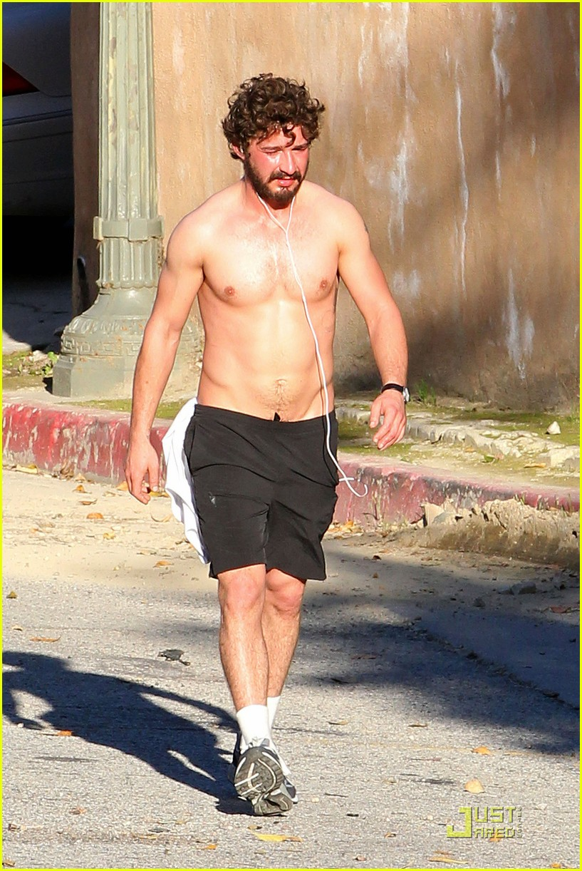 shia labeouf shirtless run 07