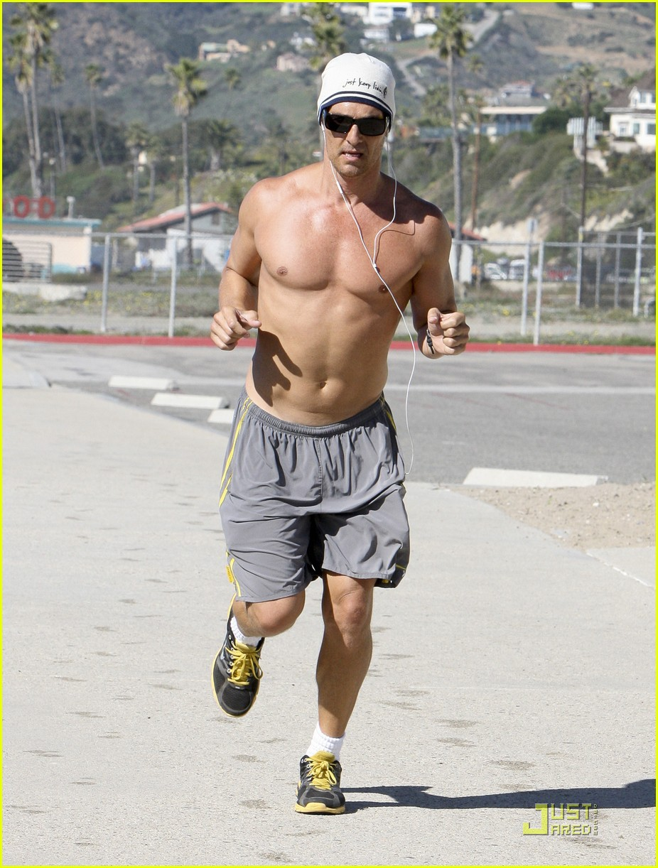 matthew mcconaughey shirtless beach run 12