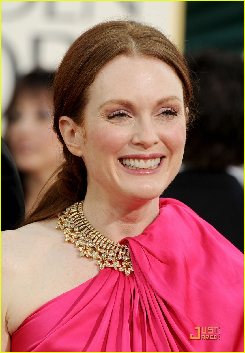 julianne moore annette bening golden 012512125