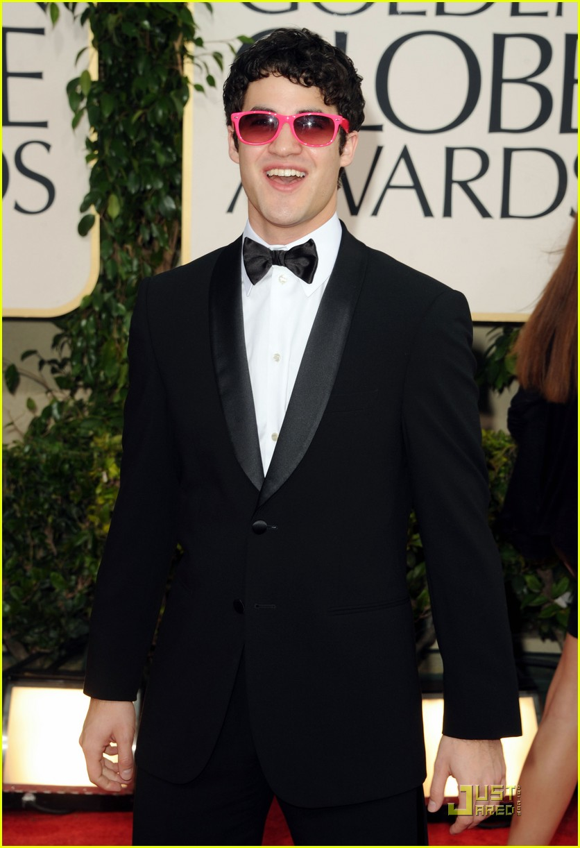 matthew morrison glee boys golden globes 2011 102512485