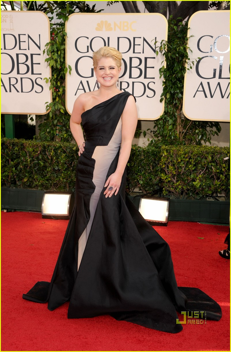 kelly osbourne golden globes red carpet 2011 072511658