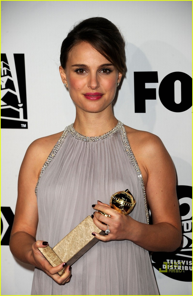 natalie portman fox searchlight golden globes party 02