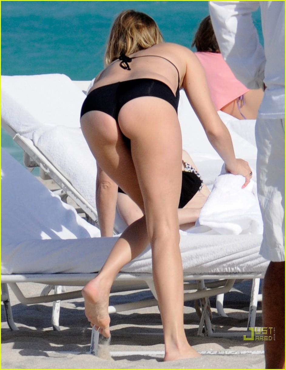 chloe sevigny black bikini babe 03