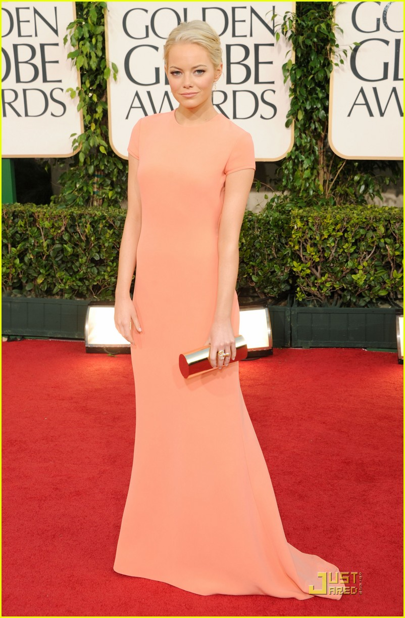 emma stone 2011 red carpet golden globe awards 05