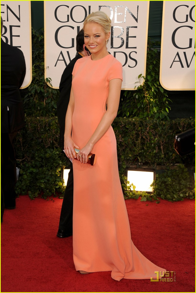 emma stone 2011 red carpet golden globe awards 07