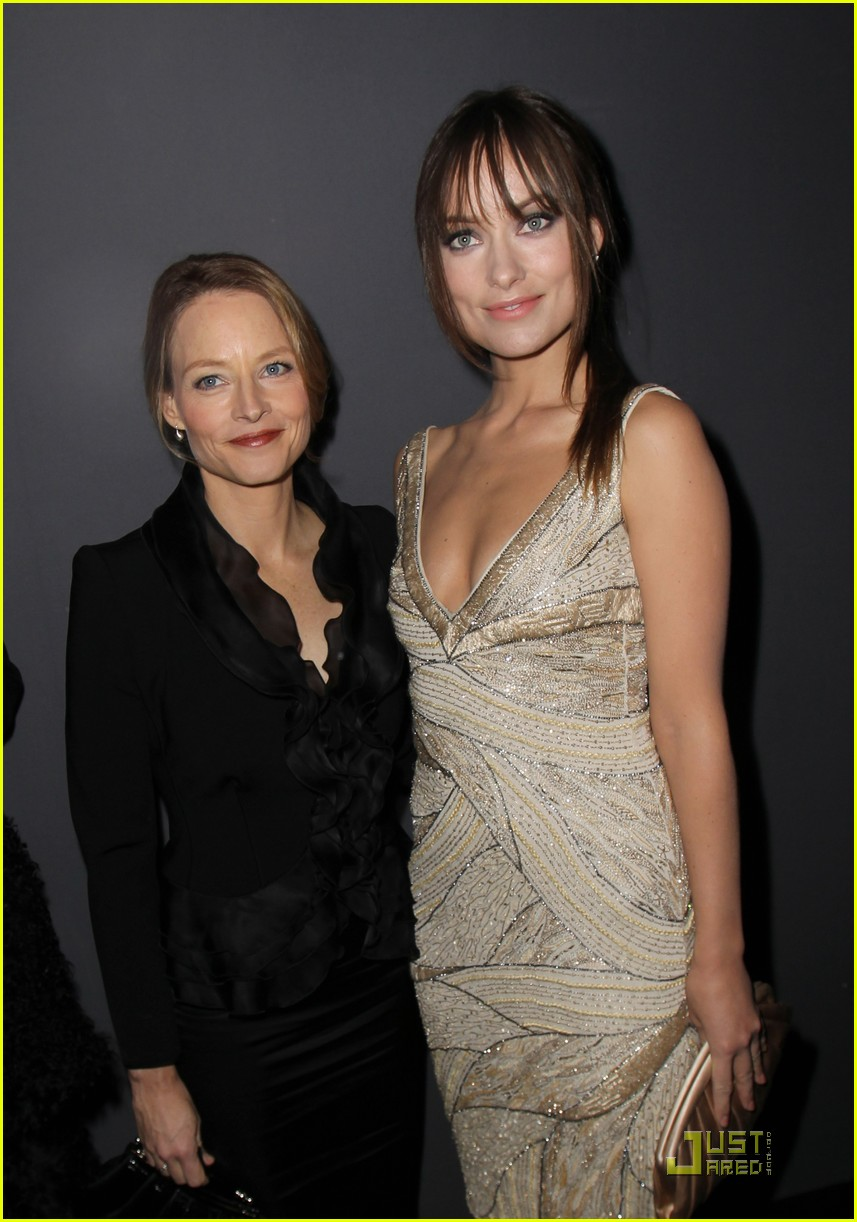 olivia wilde armani prive front row 01