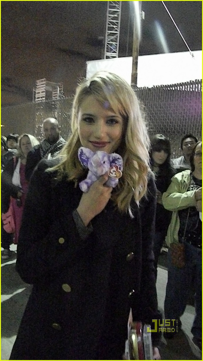 dianna agron elephant project 01