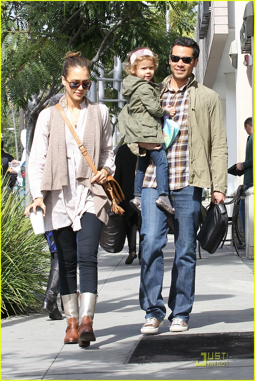 jessica alba cash warren breakfast 032521190