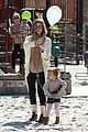 jessica alba baby bump in beverly hills 06