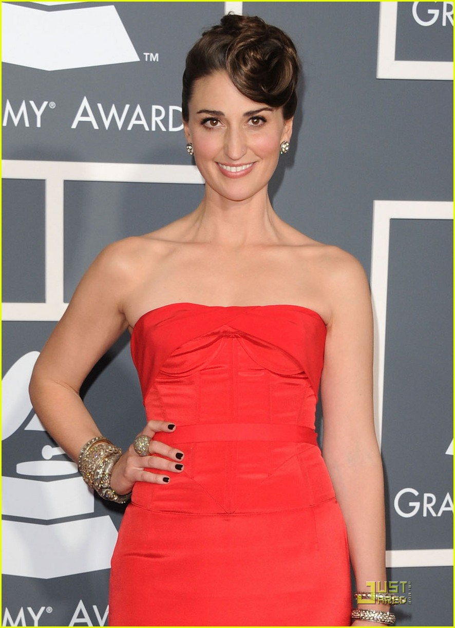 sara bareilles grammys 2011 02
