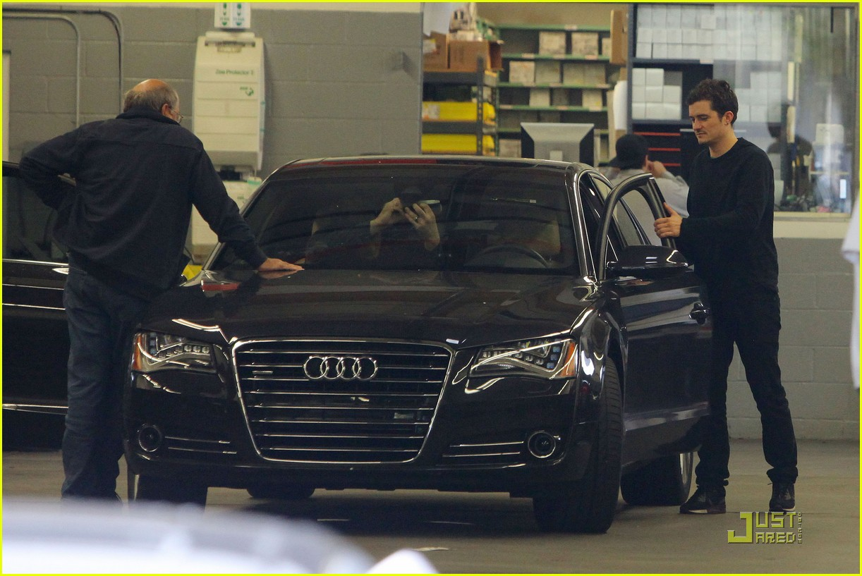 orlando bloom car repair 14