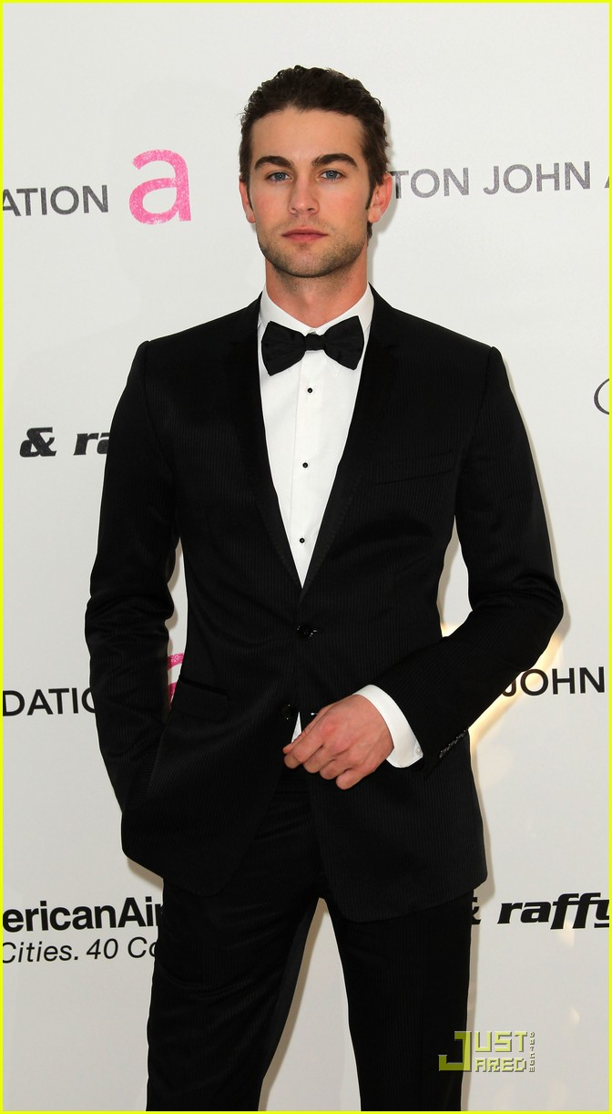 chace crawford matthew morrison oscars 2011 082523856