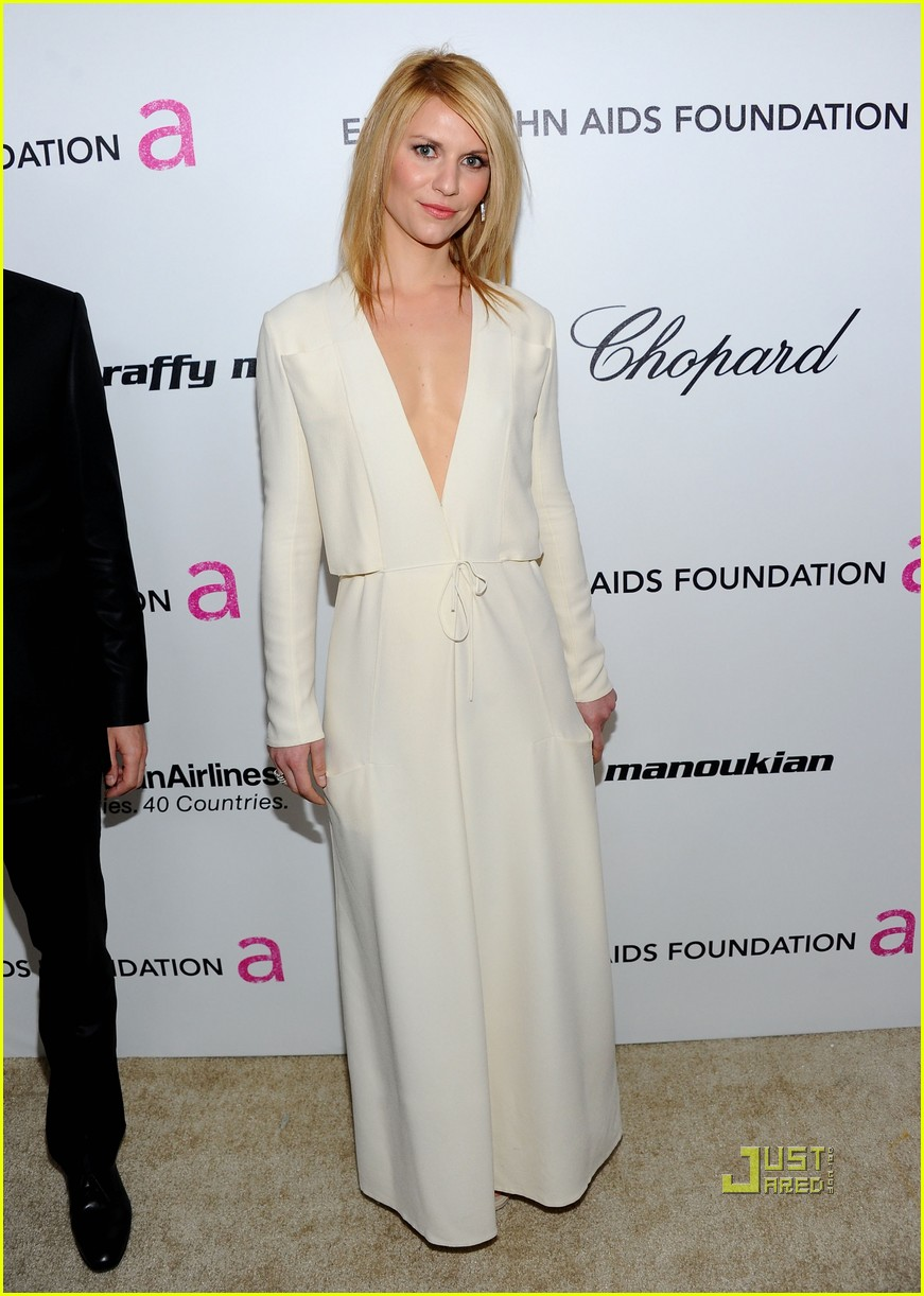 claire danes hugh dancy elton john aids foundation oscar viewing party 02