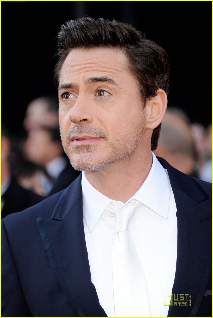 robert downey jr oscars 2011 01