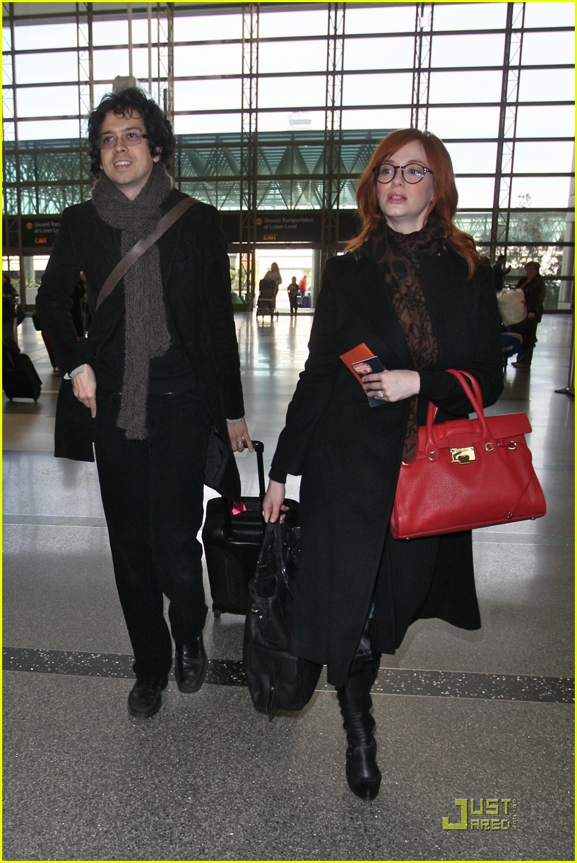 christina hendricks four eyed flight 03