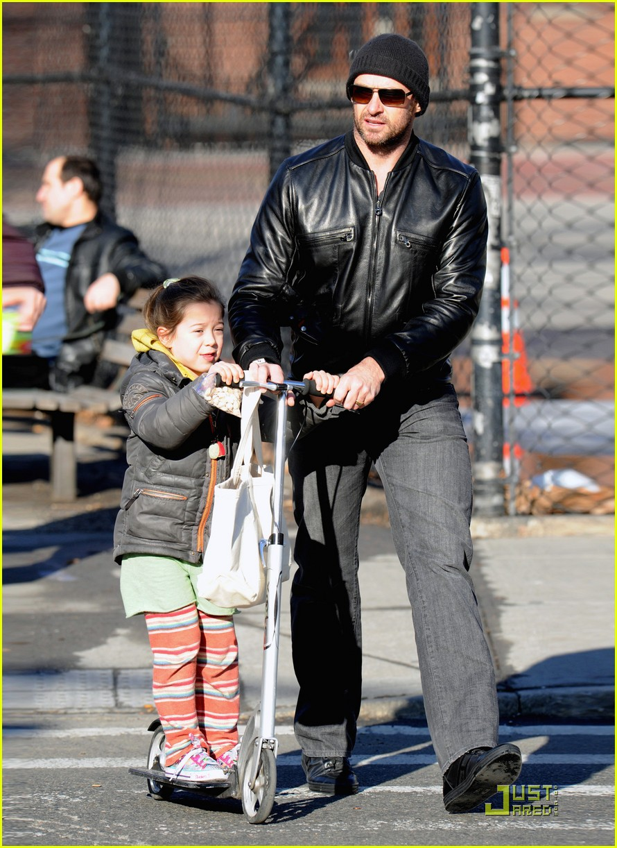 hugh jackman valentines day with ava 08