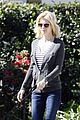 january jones walking dog 04