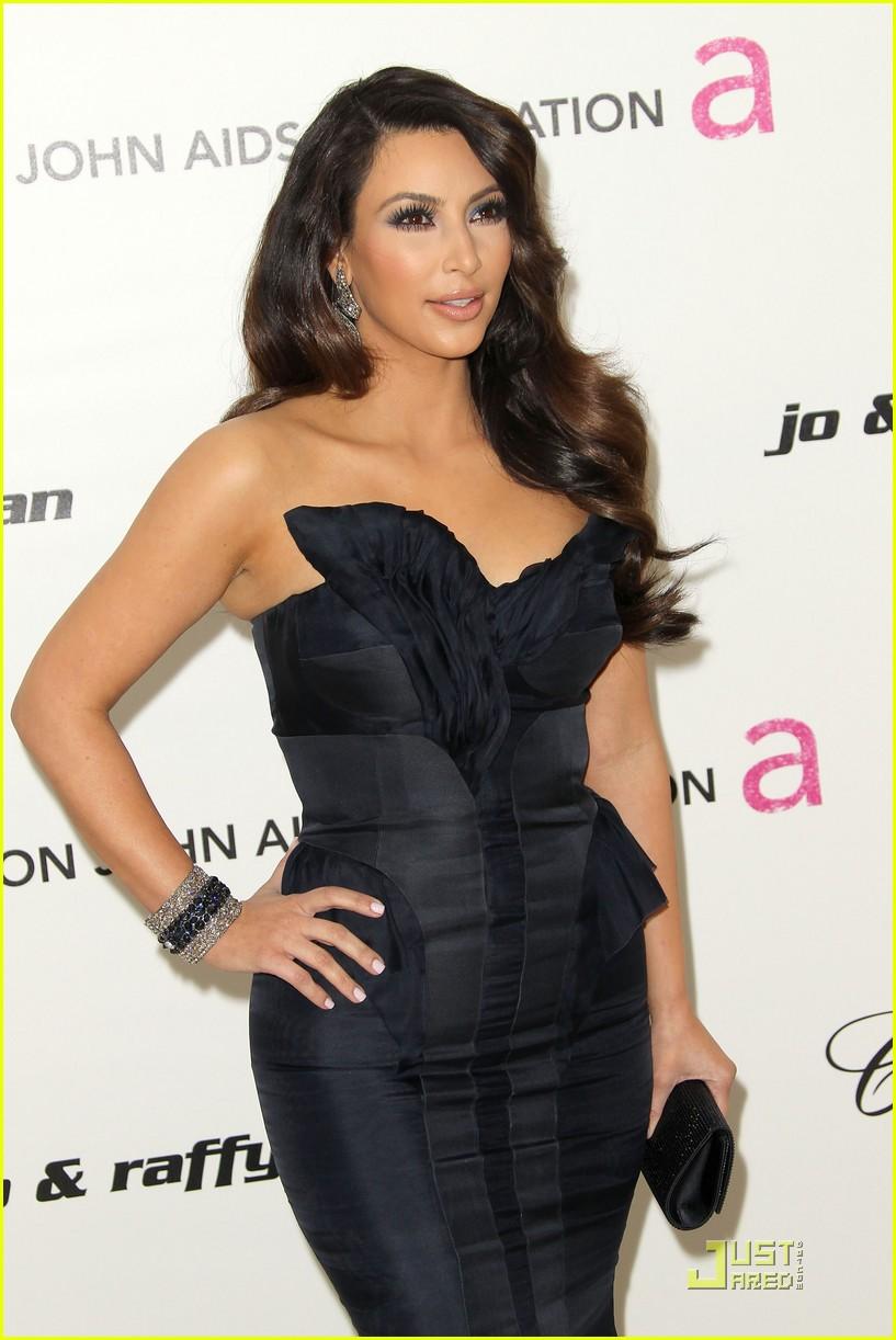 kim kardashian elton john 04