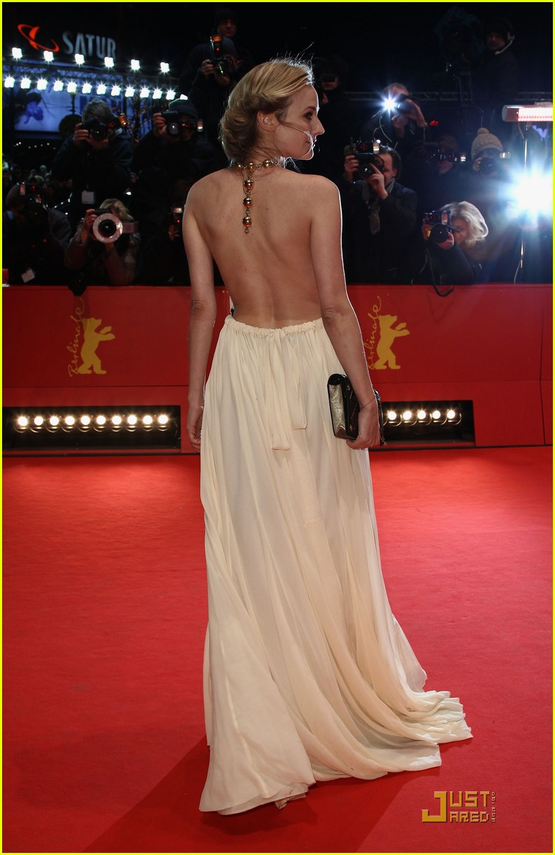 diane kruger berlin international film award ceremony 03