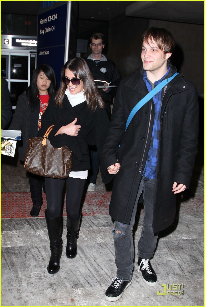 lea michele theo stockman dallas airport 04