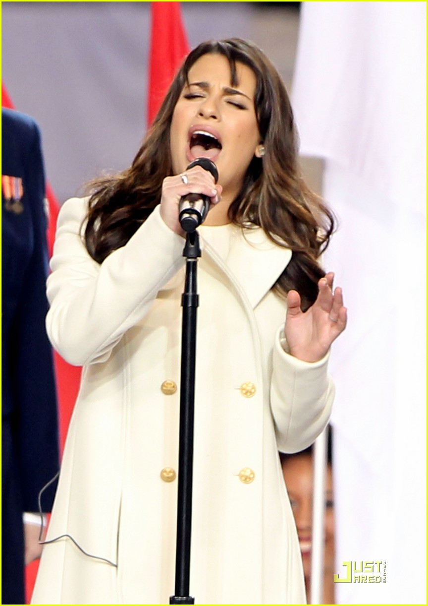 lea michele super bowl performance 03
