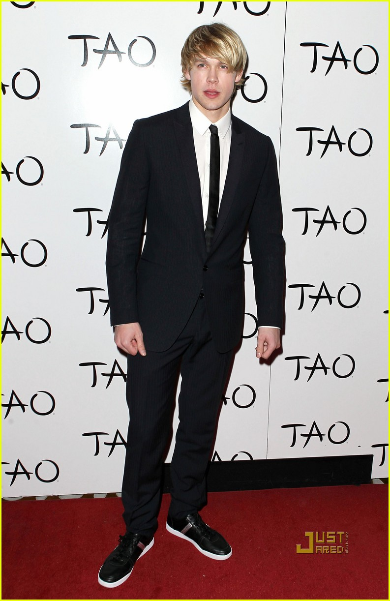 chord overstreet birthday tao 05