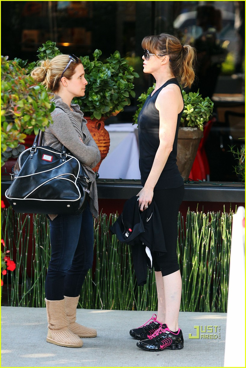 ellen pompeo fit fabulous 09