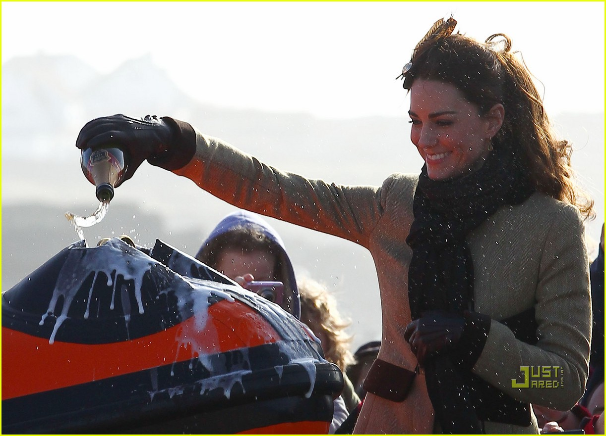 prince william kate middleton lifeboat 132522571
