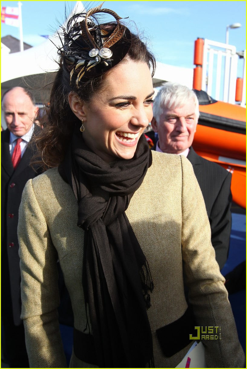 prince william kate middleton lifeboat 192522577