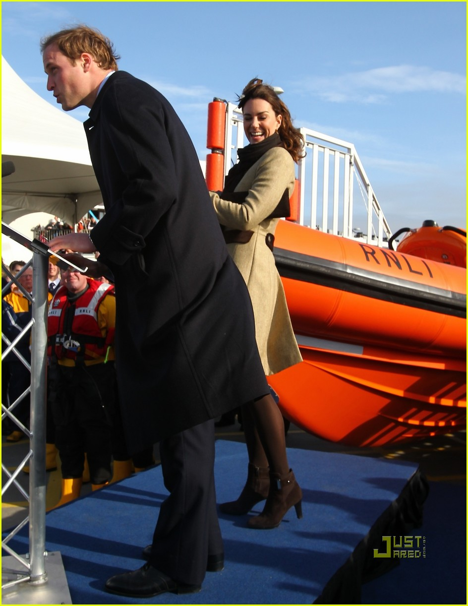 prince william kate middleton lifeboat 23