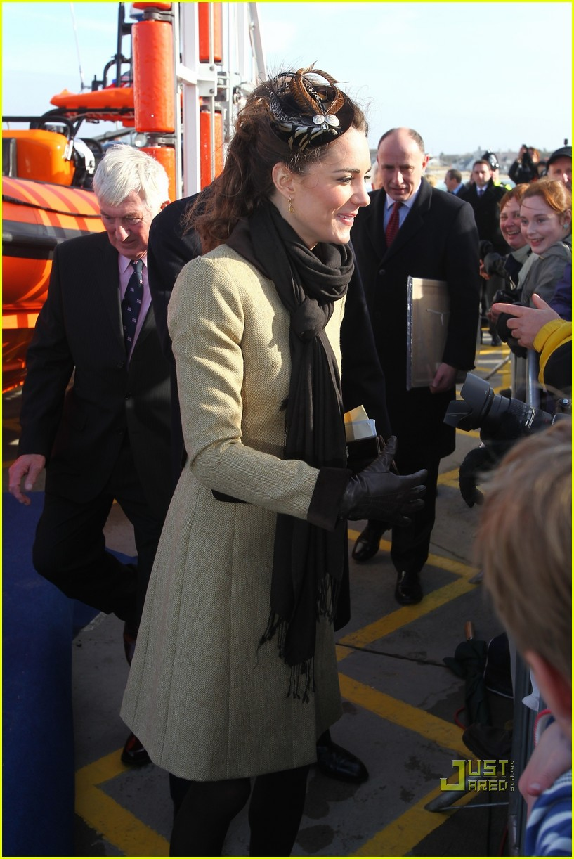 prince william kate middleton lifeboat 24