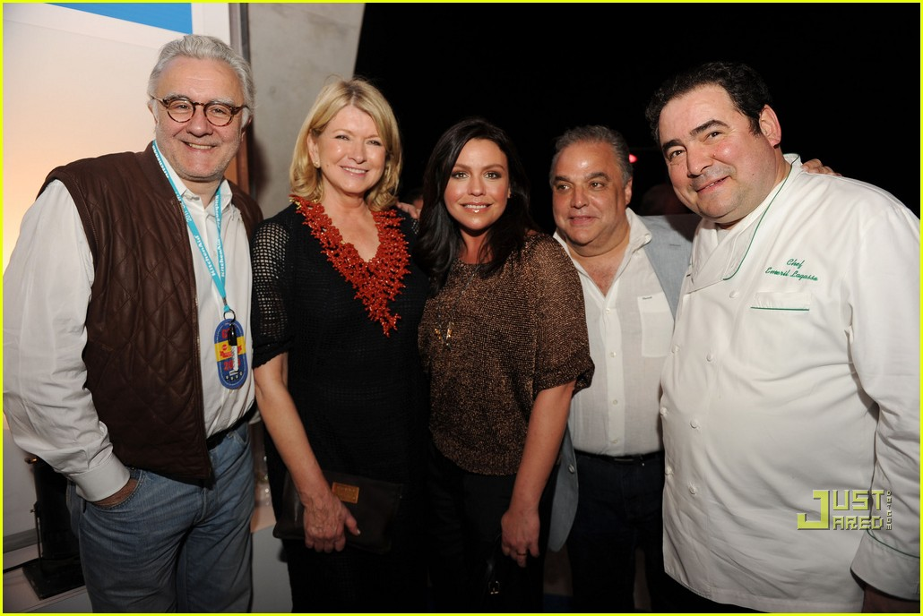 rachael ray sobe wine food festival burger bash 022523867