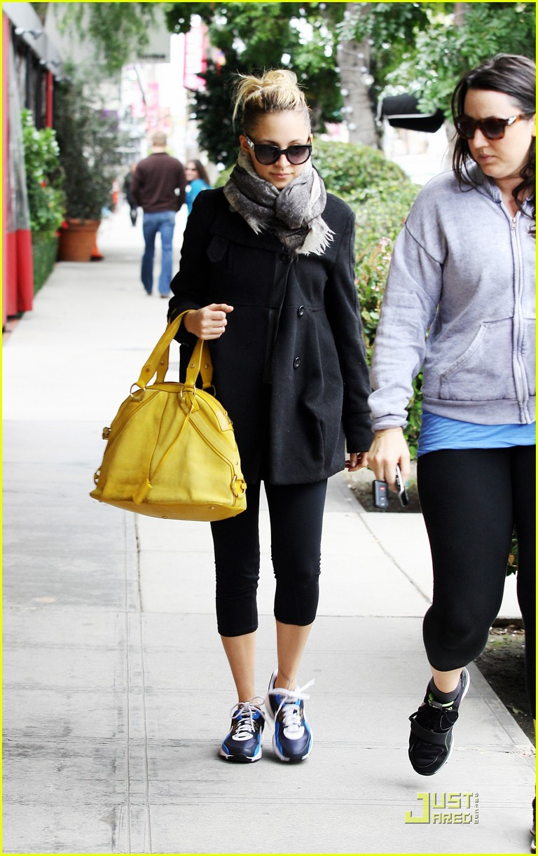 nicole richie happy workout woman 09